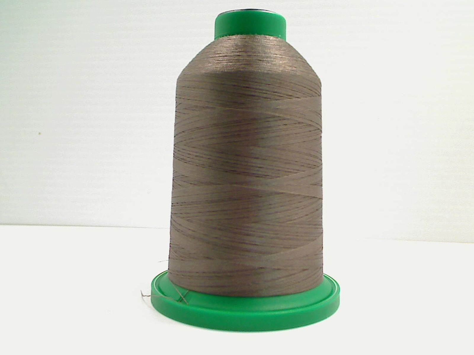 Isacord Embroidery Thread, 5000M, 40W Polyester Thread, 0674