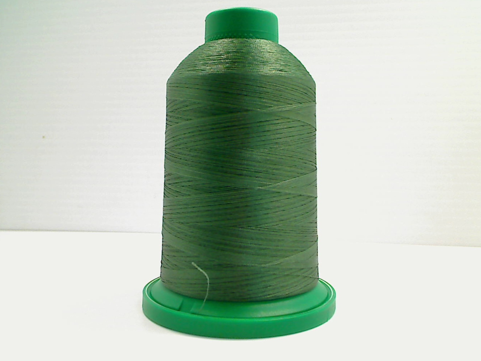 Isacord Embroidery Thread, 5000M, 40W Polyester Thread, 5743